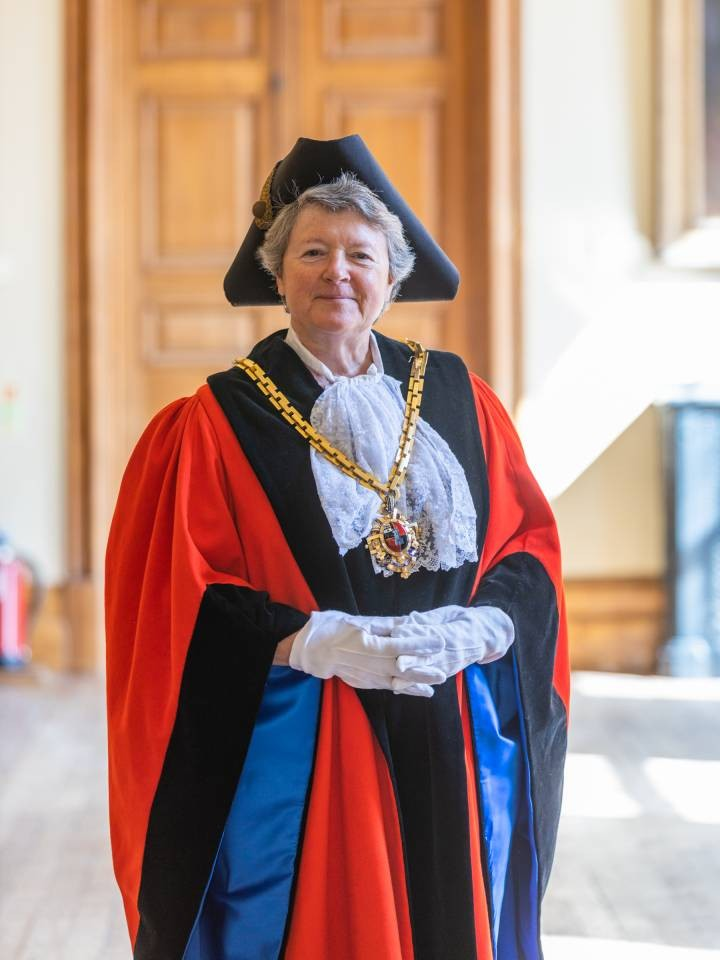 Cllr-Jo-Hodges---new-Mayor-of-Worcester---May-2020