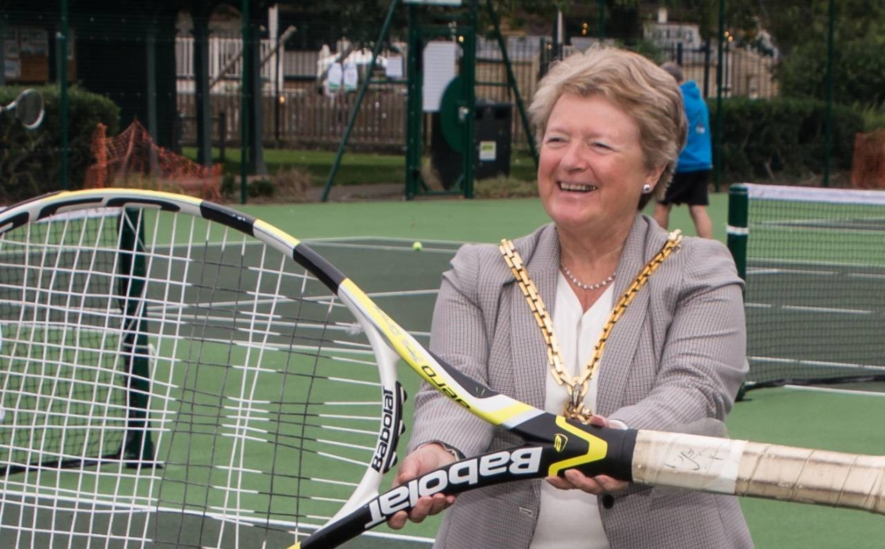 Mayor-opens-new-tennis-courts